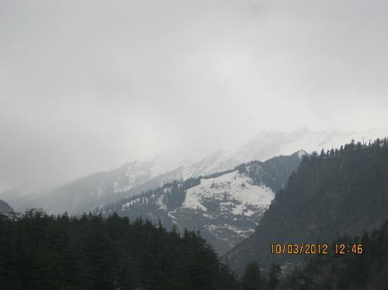 Lords Residency: Mountain Peak
