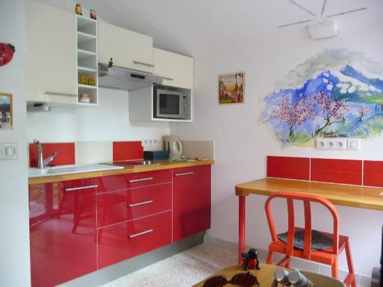 """Chambres d'hotes Arcenciel: Cuisine privative de la Chambre d'Hôte """"Arcencieux"""" 2 personnes"""