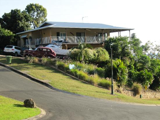 Airlie Beach Myaura Bed and Breakfast: House view