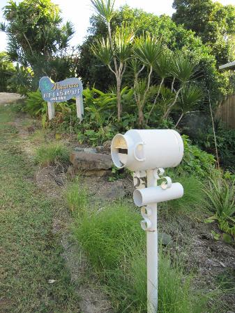 Airlie Beach Myaura Bed and Breakfast: funny letter box