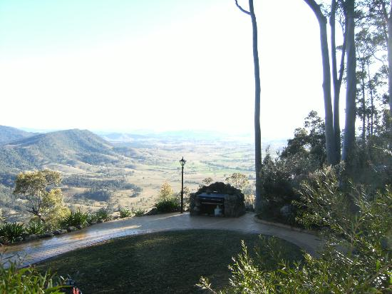 Eaglereach Wilderness Resort: Our 'backyard'