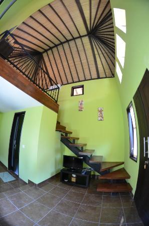 Puri Swari Villa: Entrée