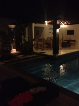 Baik Baik Villas: pool and kitchen and outdoor bathroom