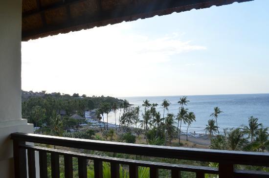 Bali Amed Bungalows: Vue balcon