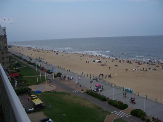 Travelodge Suites Virginia Beach Oceanfront: View From the Balcony