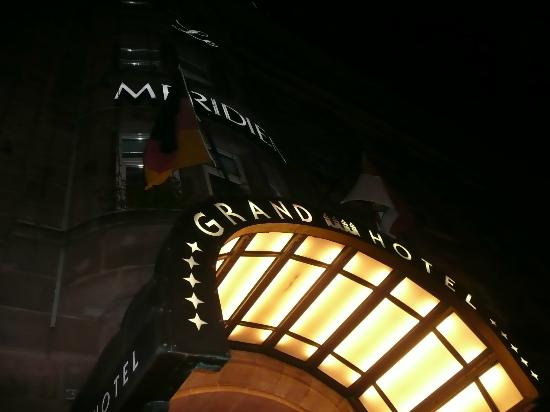 Le Meridien Grand Hotel Nurnberg: 夜