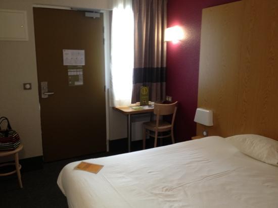 B&B Hotel SAINT-MALO Centre: chambre