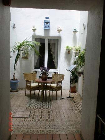 Hotel Cortijo la Reina: patio interior