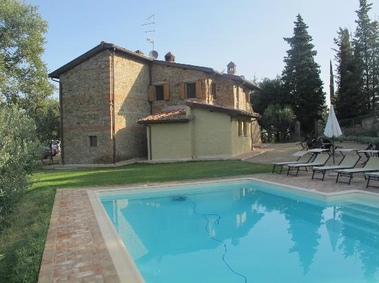 B&B Poggio del Drago: B&B and Pool
