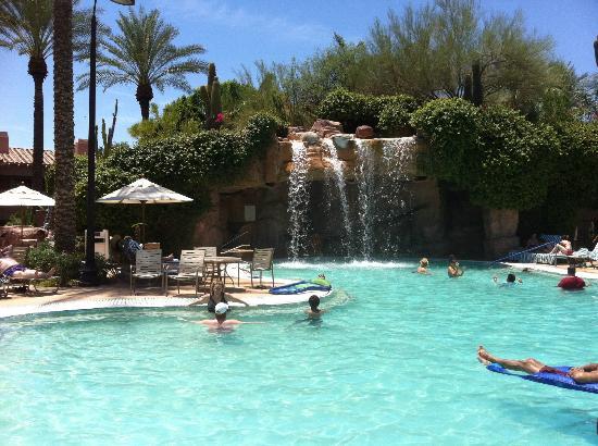Sheraton Desert Oasis: Awesome pool
