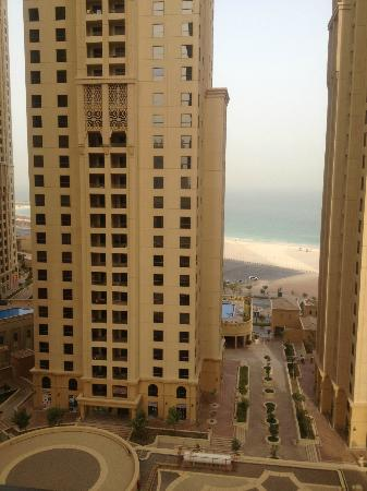 Jumeirah Beach Residence : View 2