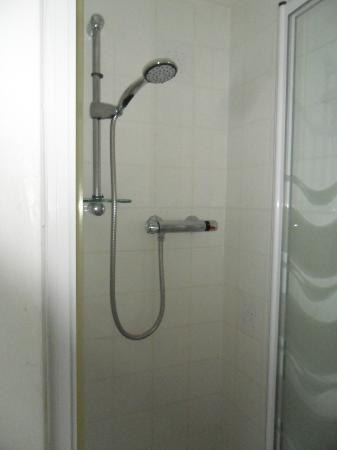 The Redcliff B&B Guest House: Shower