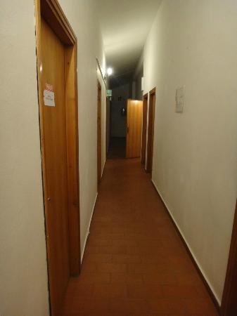 B&B Bucaneve : Corridoio camere