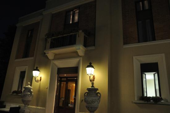 Hotel Residence San Gregorio: esterno