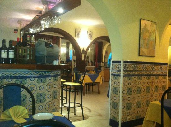Taste of India : Restaurant interior