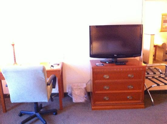Holiday Inn Express Onalaska (La Crosse Area): TV/Desk