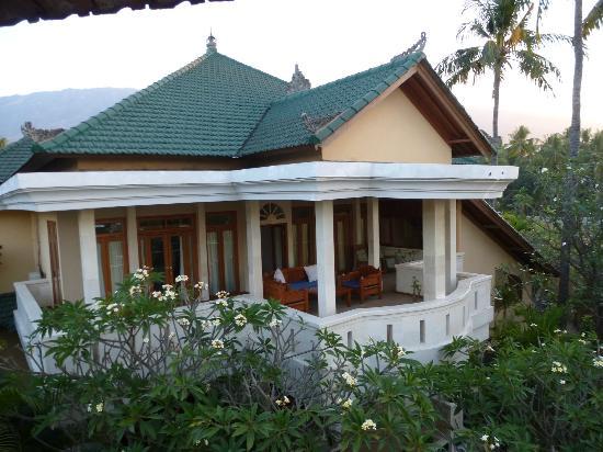 Poinciana Oceanside Resort & Retreat Centre: Nachbarzimmer