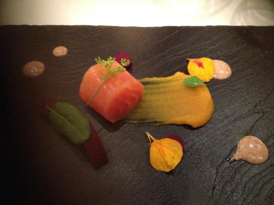 Restaurant Smak: Spennende forrett av speket laks og gresskarpurè