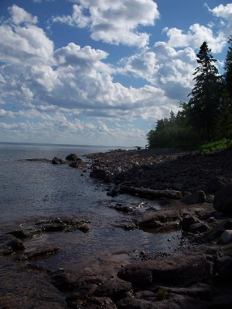 Larsmont Cottages on Lake Superior: Lake Superior Shore line