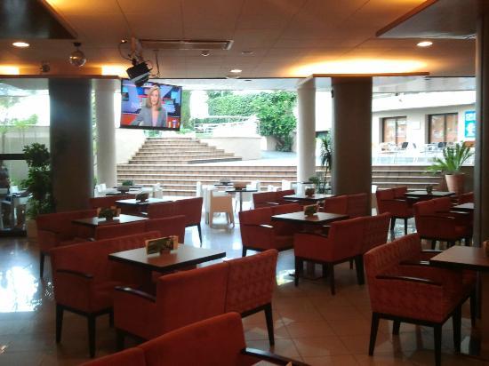 Aqua Hotel Montagut : Bar