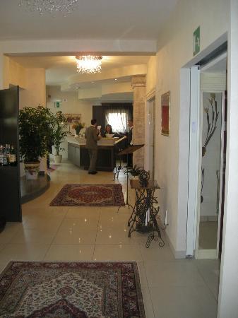 Hotel Corsignano - Pienza: Hall