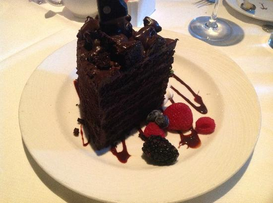 The Palm Beverly Hills : The BEST chocolate cake anywhere