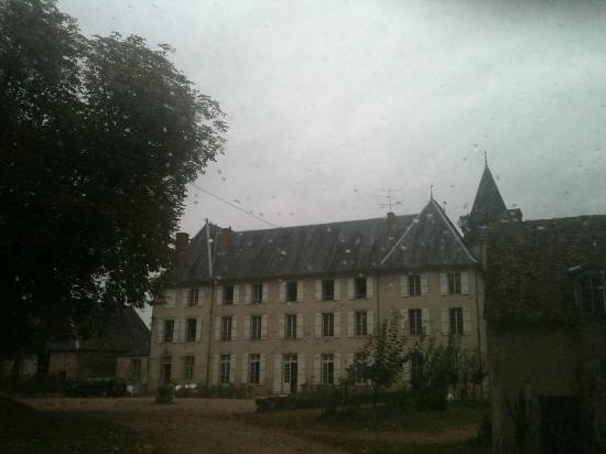 Château de Poussignol Chambres & Tables d'hôtes : Rainy view
