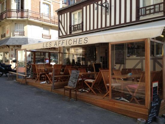 Trouville-sur-Mer, Francia: à 3 pas des planches