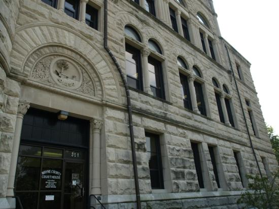Wayne County Courthouse: Wayne County Court House