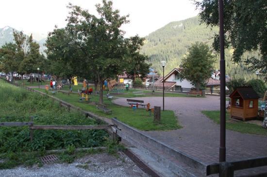 Hotel Sonne Sole: parco giochi vicino