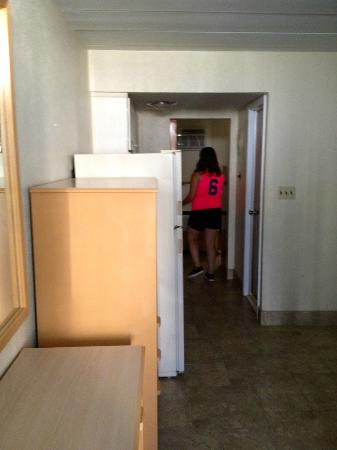 Gondolier Motel: Dining Room / Hallway