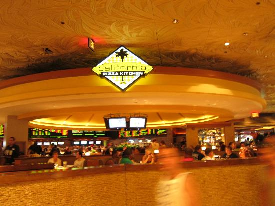 California Pizza Kitchen in Mirage - Picture of The Mirage Hotel ...