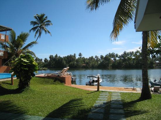 Ranga Holiday Inn: view