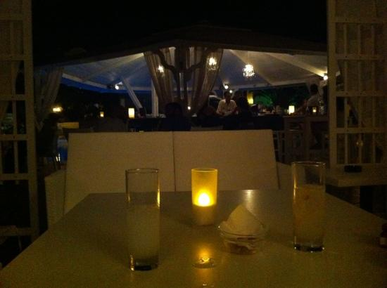 Imperial Med Hotel, Resort & Spa: Carpa bar de noche