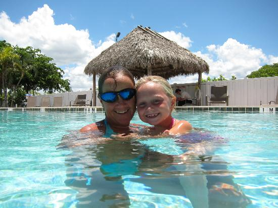Holiday Inn Express Cape Coral/Fort Myers Area: Great pool!