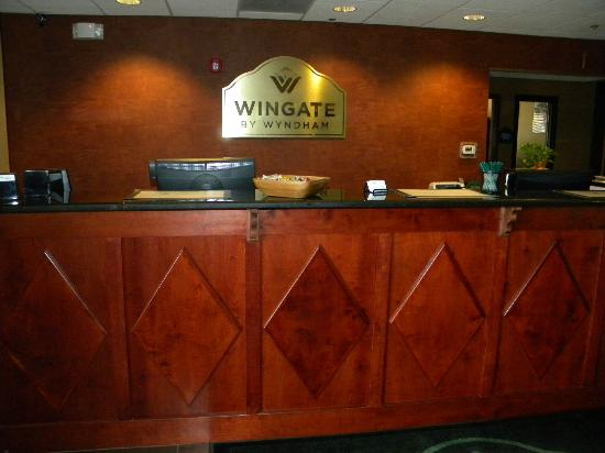Wingate by Wyndham Abilene: Our front desk