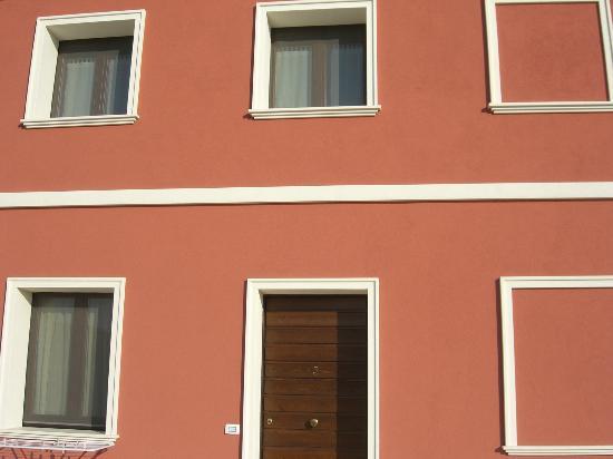 Agriturismo Il Maniero : Monolocale n.5 : praticamente in condominio !