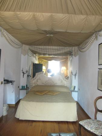 Albergo del Sole Al Pantheon: Suite 107