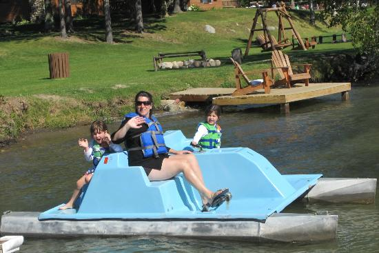 Sugar Lake Lodge: Paddle Boating -- Free and Safe