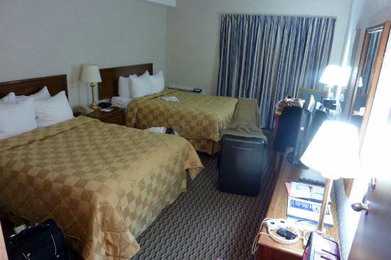 Comfort Inn Sherbrooke: chambre