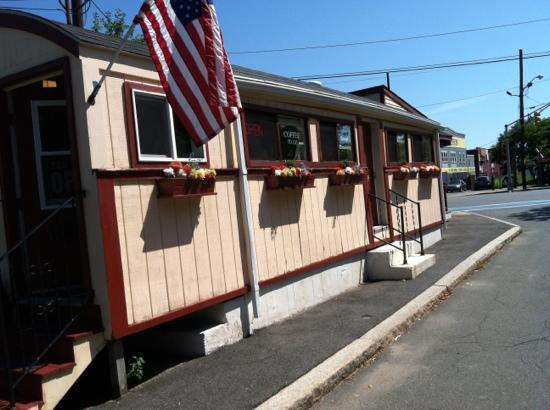 The Little Depot Diner : tiny but good!