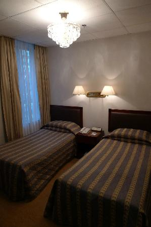 Shamrock Hotel: Main Sleeping Area
