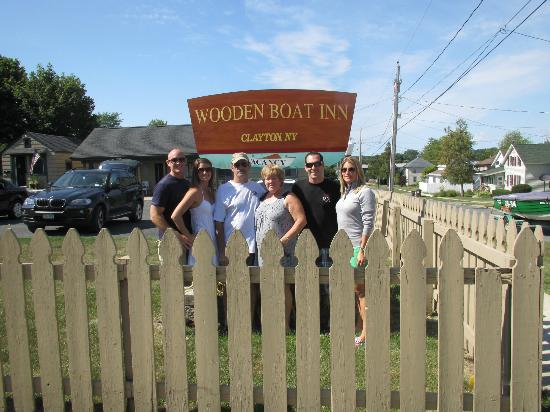 Wooden Boat Inn: Fun for the whole Family!! A great place for making memories!