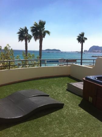 hotel rose th la ciotat voir les tarifs 180 avis et 118 photos. Black Bedroom Furniture Sets. Home Design Ideas