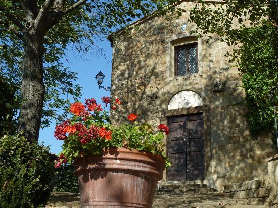 Santa Maria a Poneta: chapelle