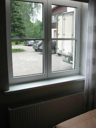 Hotel Sigulda: Aussicht auf den Parkplatz