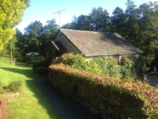 The Riverside Inn & Restaurant: the hayloft suite