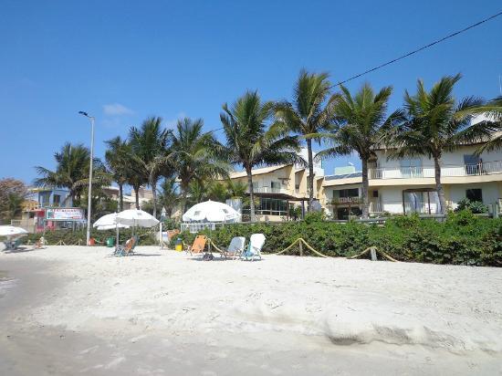 Morada do Mar  Hotel: praia em frente ao hotel