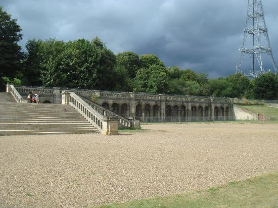 Crystal Palace Museum : Remains of the Crystal Palace