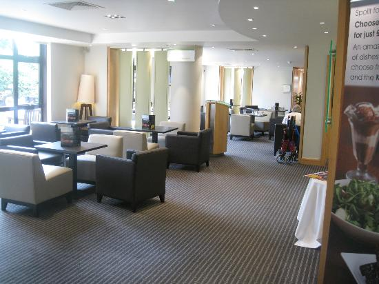 Holiday Inn Rochester-Chatham: Reception area